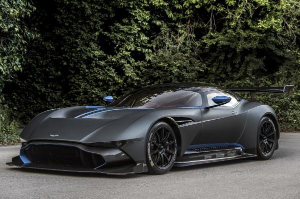 Aston-Martin-Vulcan-9.jpg