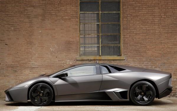 Lamborghini-Reventon-13.jpg