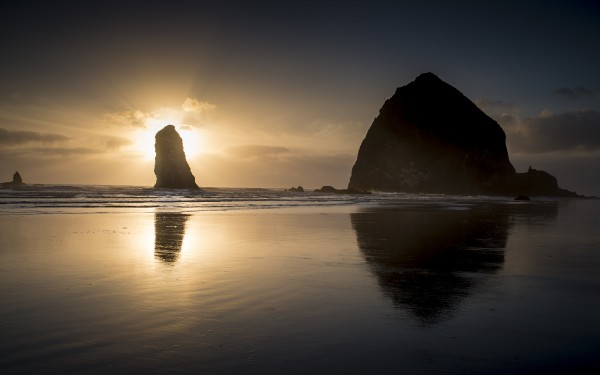 cannon-beach-wallpaper-3840x2400.jpg