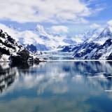 glaciar-lake-in-the-mountains-wallpaper-2880x1800