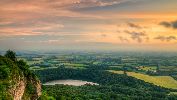 sunset-from-suttonbank-wallpaper-2880x1620.jpg